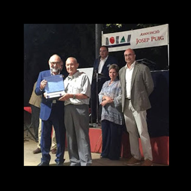 Premi A La Trajectòria Al Ceramista Joan Panisello