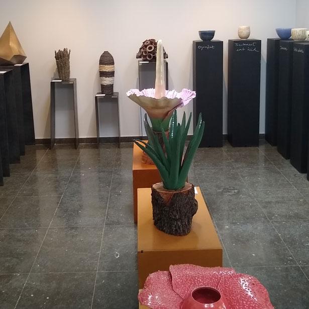 L'Oficina De Turisme De Montblanc Acull La Primera Exposició De Terrània 2019 «Evidències Ceràmiques»