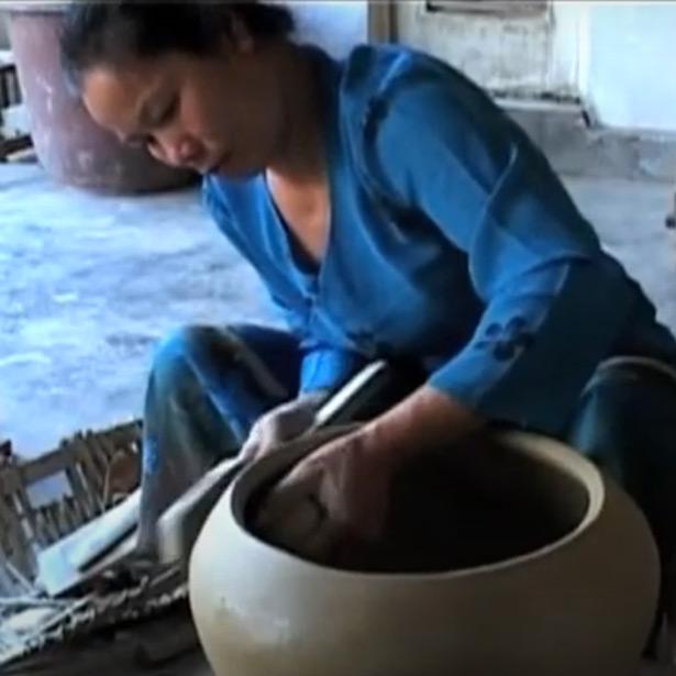 Vídeo: Yuannan Pottery